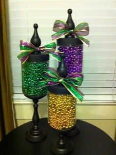 Love your beads but don't want to wear them? Make this cute Mardis Gras decoration with beads from PromotionBeads.com