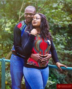 Love in dashiki African Attire, African Wear, African Women, African Dress, African Inspired Clothing, African Dashiki, Fashion Couple, Couple Outfits, African Print Fashion