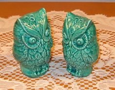 Hey, I found this really awesome Etsy listing at https://www.etsy.com/listing/109327695/hoot-ceramic-owl-salt-and-pepper-shakers