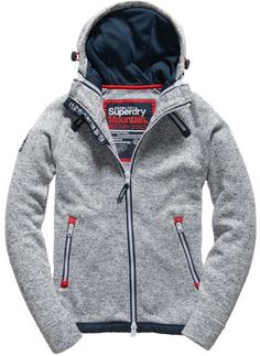 At Superdry, we're renowned for our casual style when it comes to mens hoodies and sweatshirts. Hoodie Jacket, Zip Hoodie, Hoody, Latest Mens Fashion, Men Fashion, Inspiration Mode, Sport Wear, Looks Cool, Sweater Shirt