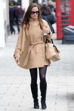 Pippa Middleton - Alice Temperley cape