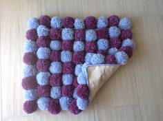 "Small two colored ""pompom"" rug Diy Pom Pom Rug, Pom Pom Crafts, Pom Poms, Diy Arts And Crafts, Diy Crafts, Home Craft Decor, Nail String Art, Knit Art, Braided Rugs"