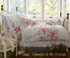 3 PIECE SHABBY WHITE RUFFLES VINTAGE VICTORIAN LACE COUNTRY COTTAGE CHIC DUVET SET