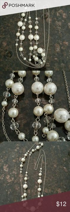 """Extra Long Sweater Necklace Bought this from a catalog order through a fellow co-worker. Not real gems. Just decorative jewelry.  It measures 26"""" when worn and could possibly be doubled up if you have a smaller neck. Jewelry"""