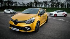 The changes inside the all-new 2020 Renault Clio RS will be minimal. The same thing will happen with the upcoming regular Clio model. Clio Rs, Sport F1, Sport Cars, Megane Rs, Monaco Grand Prix, Festival Of Speed, Thing 1, Super Sport, Cars