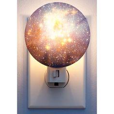 Una lámpara de noche que recrea a una galaxia.