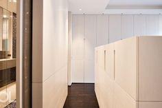 Privé | Hélène et Olivier Lempereur Dressing Room Closet, Dressing Rooms, Living Room Shelves, Wardrobe Doors, Walk In Closet, Joinery, Room Inspiration, Tall Cabinet Storage, Shelving