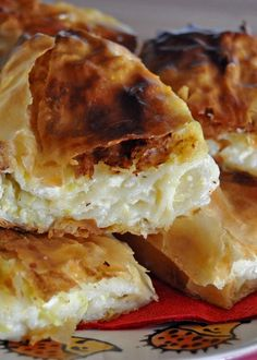 Bucnica / Croatian Squash Cottage Cheese Strudel Here is a dish my mom makes almost every week back home. Albanian Recipes, Bosnian Recipes, Bosnian Food, Hungarian Recipes, Croation Recipes, Croatian Cuisine, Strudel Recipes, Macedonian Food, Pitta