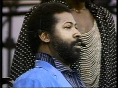 Teddy Pendergrass, Ashford & Simpson ☮ Reach Out And Touch Somebody's Hand -- July 13, 1985 - At 12:01pm Status Quo started the 'Live Aid' extravaganza, held between Wembley Stadium, London and The JFK Stadium, Philadelphia. The cream of the world's biggest rock stars took part in the worldwide event, raising over 40million pounds. TV pictures beamed to over 1.5bn people in 160 countries made it the biggest live broadcast ever known.
