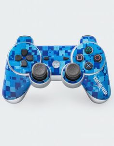 KontrolFreek Shields let gamers customize the look and feel of first-party Xbox 360 and PS3 controllers without expensive paint jobs or messy DIY projects.  Shield Admiral adds a cool splash blue camo to your boring controller and looks great paired with your FPS Freek Infinity and our entire line of FPS Freek products.