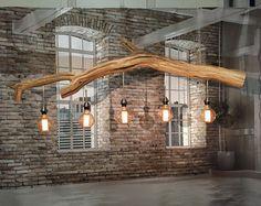 Stehlampe der alten verwitterten Eichenzweig . von GBHNatureArt