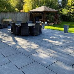 Turn your garden into a stylish entertaining space with our exclusive XL 600x900mm Denver Anthracite outdoor porcelain slab tiles. Manufactured in a premium 20mm slab they're incredibly practical and hard-wearing and able to withstand anything the British climate can throw at them! In an on-trend dark grey colour tone they offer a great solution for your your outdoor patio or terrace.