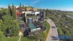 Amazing Modern Contemporary Villa Breathtaking Views - warm, tasteful palette in the interiors PortugalProperty.com #luxurymodernhomes