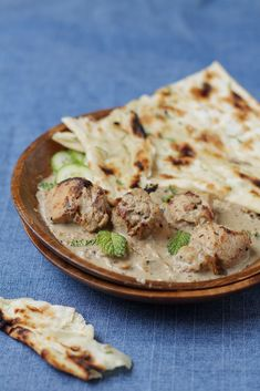 Mughlai Chicken: a rich, creamy curry with cashews and almonds