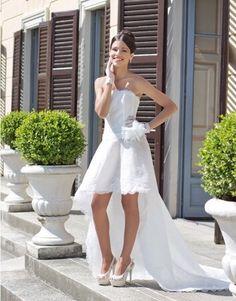 Il pizzo....io in entrambi i modi!!!!!!!! Alessandro Tosetti www.tosettisposa.it Www.alessandrotosetti.com #abitidasposa 2015 #wedding #weddingdress #tosetti #tosettisposa #nozze #bride #alessandrotosetti #modasottolestelle #cnms #swissfashiontv