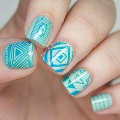 Gradient Stamping Nail Art // The Nailasaurus **Moyou explorer 14 Moyou Stamping, Stamping Nail Art, Blue Nail Designs, Cool Nail Designs, Art Deco Tattoo, Uk Nails, Tribal Nails, London Nails, Nail Art Blog