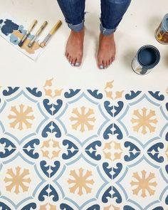 Painted Floor Tiles Have Become a Popular Way to Restore or Update Old Tiles Painted cement floors using Cutting Edge Stencils DIY floor tile stencil patterns Painted Cement Floors, Painting Cement, Painting Tile Floors, Painted Tiles, Tile Floor Diy, Stenciled Floor, Floor Stencil, Diy Flooring, Kitchen Flooring