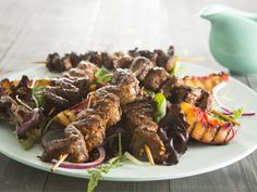 Spiced beef skewers If you're looking for a light meal for you and your family tonight, this quick and easy dish is just the thing to serve.