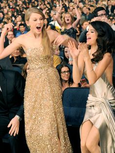 Taylor Swift and Selena Gomez - friends are truly happy for each other!