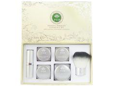 Bereik een natuurlijke, vlekkeloze huid met onze PHB Mineral Miracles Cosmetics Set