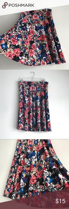 George Floral Skirt Size Large 12 - 14 Gently used.  Floral pattern.  Size Large (12/14) George Skirts Midi