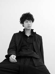 Portrait Inspiration, Character Inspiration, Japanese Men Hairstyle, Gents Fashion, Japanese Boy, Face Photo, Pretty Men, Yohji Yamamoto, Attractive Men