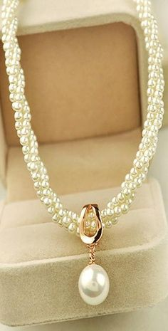 Pearl necklace ♥✤ | KeepSmiling | BeStayClassy