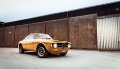 This 1968 Alfa Romeo 1300 Junior Is An Ochre Superstar • Petrolicious