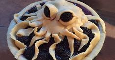 14+ Of The Most Creative Pies That Are Too Cool To Eat | Bored Panda