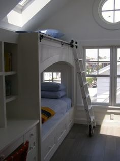 oh my goodness I love it!!! I want my kids to have this type of thing, but I think Id end up sleeping in there myself lol