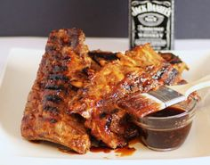 Copycat TGI Fridays Jack Daniels Grill Glaze - A sweet and succulent glaze for ribs, chicken, shrimp and steak