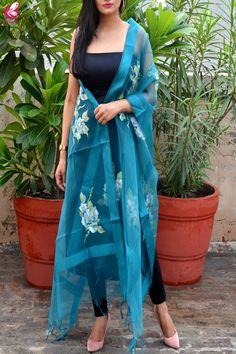 Shop Teal Green Organza Floral Handpainted Stole - Stoles Online in India Dress Indian Style, Indian Dresses, Indian Outfits, Indian Wear, Churidar Designs, Kurta Designs Women, Dress Neck Designs, Saree Blouse Designs, Indian Designer Suits