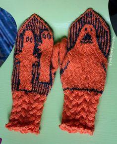 Tove Jansson, Wrist Warmers, Moomin, Knit Mittens, Little My, Handicraft, Knitting Patterns, Knit Crochet, Gloves