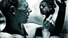 Tony Halik i tsantsa, spreparowana przez Indian Jivara ludzka głowa