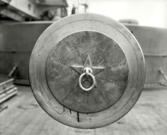 (Tampion Tuesday) Tampion in one of the guns on the pre-Dreadnaught USS Texas inscribed with Spanish-American War battles, ca 1900 × Spanish War, The Spanish American War, Uss Texas, Battleship, Guns, Metal, Bb, Ships, Engagements