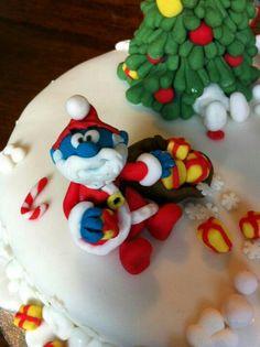 Papa smurf Christmas icing figure