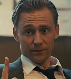 """Review: """"Tom Hiddleston has passed through several super-hero flicks without getting much to do, but he anchors """"High-Rise"""" with a daring performance that seems perfectly in synch with J.G. Ballard's very dark comic style. Laing holds on to his humanity in some surprising ways – when everyone around him is acting barbaric – but undergoes a terrible personality transformation."""" (Source: http://blog.ctnews.com/meyers/2016/05/27/high-rise-the-future-in-1975/ )"""