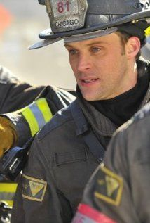 """Jesse Spencer as """"Matthew Casey"""" on Chicago Fire showcasing his LION Janesville® turnout gear. Matt Casey Chicago Fire, Monica Raymund, Jesse Spencer, Nbc Tv, Chicago Shows, Chicago Med, Tv Episodes, Tv Actors, Season 1"""