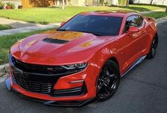 Camaro Zl1, Chevrolet Camaro, Car Pics, Car Pictures, Lower Ab Workouts, Best Muscle Cars, Packers And Movers, Lower Abs, Us Cars
