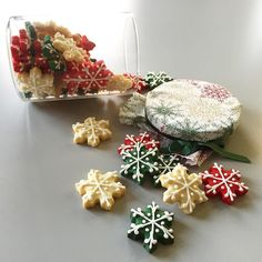 Nos encantan las galletas y si son navideñas mucho más! Hoy desayunamos con espíritu navideño gracias a P&Gprestige #cookies #desayunosELLE by elle_spain