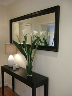 Amazing Modern Mirror Ideas For Your Home Deco. - Amazing Modern Mirror Ideas For Your Home Deco. Decor, Foyer Decorating, Living Room Decor Apartment, Living Decor, House Interior, Hall Decor, Room Decor, Apartment Decor, Home Deco