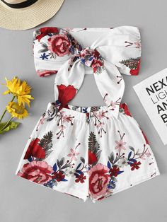 To find out about the Floral Print Knot Front Top With Shorts at SHEIN, part of our latest Two-piece Outfits ready to shop online today! Teenage Outfits, Cute Teen Outfits, Outfits For Teens, Girls Fashion Clothes, Teen Fashion Outfits, Cute Fashion, Dress Fashion, Preteen Fashion, Style Clothes