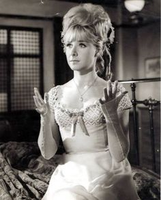 """Angela Douglas as Annie Oakley in """"Carry on Cowboy"""" English Actresses, British Actresses, British Actors, Sexy Horror, Thing 1, Richard Gere, British Comedy, Love Movie, Drama Movies"""