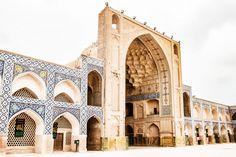 Voyage en Iran : Guide et conseils pour préparer votre séjour en Iran : itinéraire, visa, vie sur place, coûtumes et les incontournables à visiter.