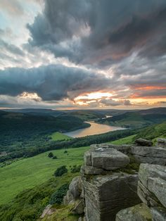 "wanderthewood: "" Bamford Edge, Peak District, England by "" Beautiful Sky, Beautiful Landscapes, Beautiful World, Beautiful Places, Beautiful Pictures, Peak District England, Landscape Photography, Nature Photography, Foto Picture"