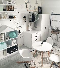 Mini wardrobe & drawers