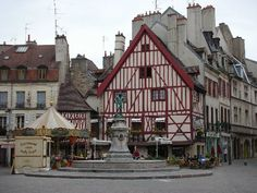 Place François Rude -- Dijon, France