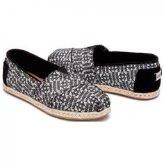3f2638e3e73 8 Best Toms Slippers images