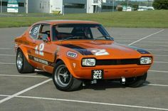 This 1971 Ford Capri Perana Gunston Replica was the 8 year project of a South African man who set out to create an exact tribute to the original race car built by Basil Green. Ford Capri, Alfa Romeo Gta, Cool Old Cars, Classic Race Cars, Thing 1, Old Fords, Unique Cars, Car Ford, Rally Car