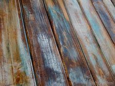 Elle applique différentes couleurs sur des planches, une fois terminé, son projet est MAGNIFIQUE! - Bricolages - Trucs et Bricolages